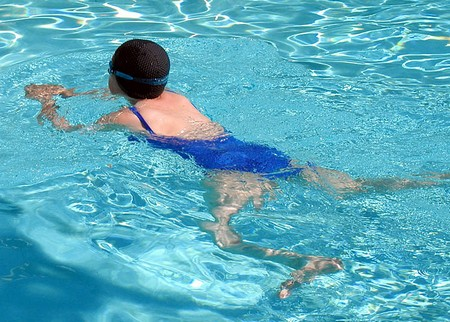 swimming-to-lose-weight